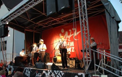 jul-14-2007-jazz-ufem-platz-069_500
